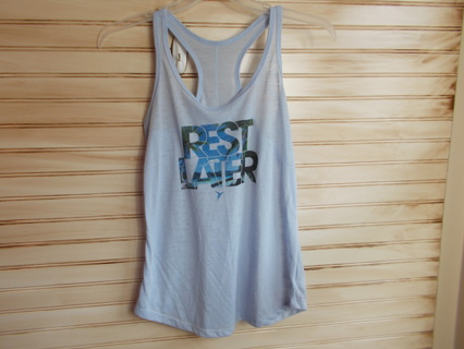 Old Navy Active Semi Fitted Racerback Tank Top Size Medium GUC