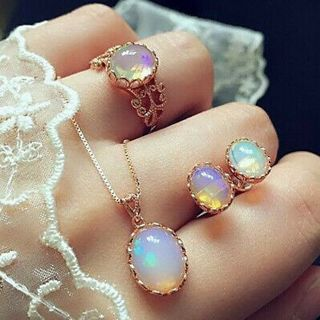 Fashion Beautiful Dazzling Crystal Jewelry Necklace And Earrings Ring Set GIFT