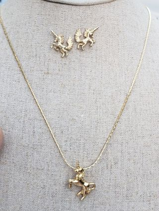Vntg Mystical Unicorn Necklace & Earrings