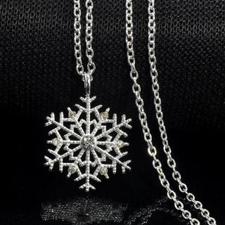 Christmas Crystal Snowflake Silver Charm Chain Necklace Pendant Jewelry Gift BW
