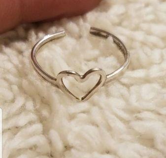 Vintage ~ 925 heart toe ring