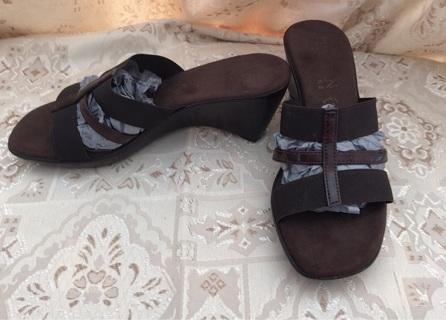 Italian Shoemakers  Wedge Slide Sandals