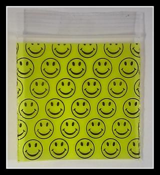 14 2 X2 Smiley Face Plastic Zip Lock Baggies