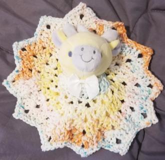 Baby Giraffe Crochet Blankie Rattle So Cute***LQQK***