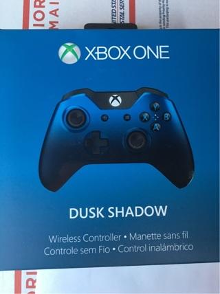Xbox one Dusk Shadow controller NIB