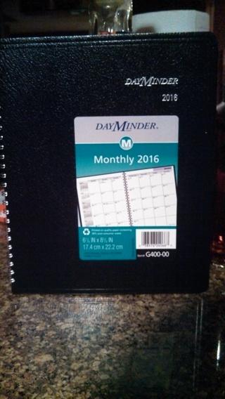 DayMinder Monthly Planner 2016