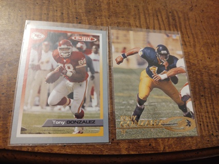 Two Card lot football Tony Gonzalez veteran tight end one rookie included Kansas City chiefs