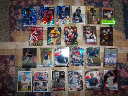 23 sports card lot -Football,Baseball and Hockey
