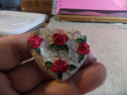 Heart shaped crackle finish 3D rose covered pin