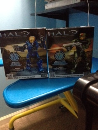 FREE SHIPPING IF REACHES NICE LIMIT two halo unopened mega blocks collectables