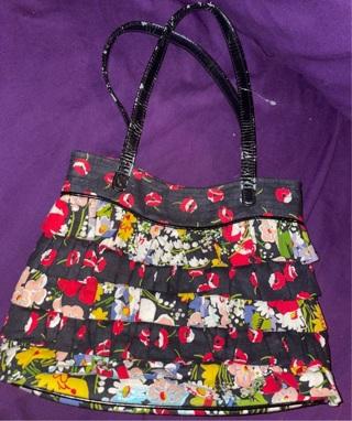 Sassy VERA Bradley Ruffle Purse Black Floral