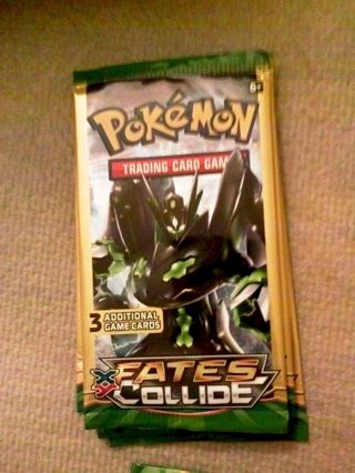 1 NEW Pokemon TCG: XY FATES COLLIDE Booster Pack Pokemon Cards TCG Toys Hobbies Games