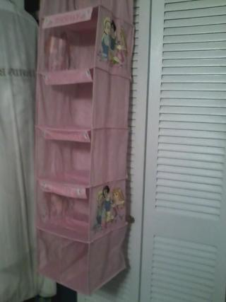 FREE Girls Disney Princess Closet Organizer