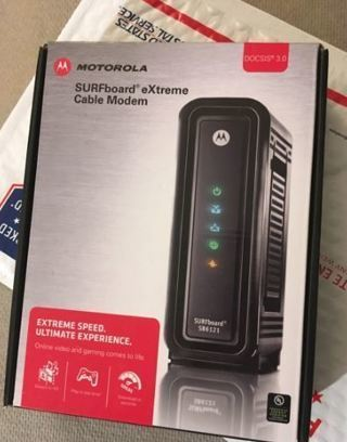 1 Motorola SURFboard SB6121 Cable Modem
