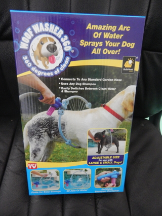 "NEW in box!!  ""WOOF WASHER 360"" ~~Dog Grooming"