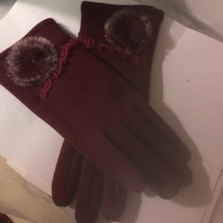 Elegant, Soft, Beautiful Ladies Burgundy Glove.