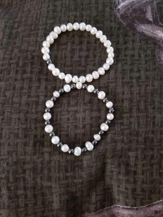 2 cute pearl braclets