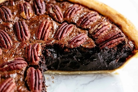 ❄ (New) Chocolate Pecan Pie Recipe + 1 Free Recipe ❄