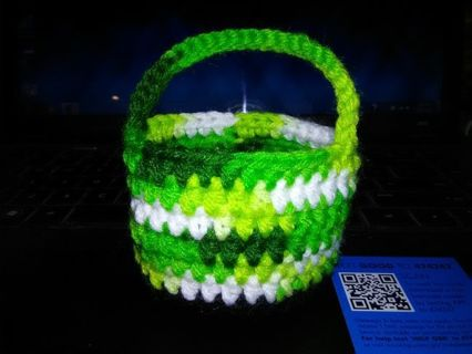 NEW! Handmade Crochet Leprechaun Basket