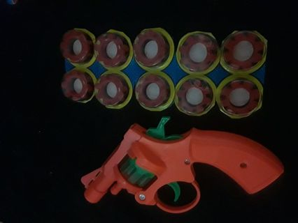 Cap shot toy with gun (comes empty) and 10 8pc shots 7day listing free shipping