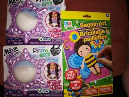 MOXIE GIRLZ MAGIC SNOW AND SEQUIN ART=Free shipping