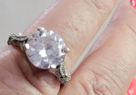 No one will know! Beautiful cz ring and GIN BONUS Bracelet