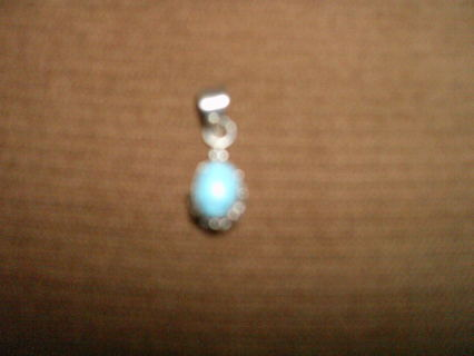 """""""""""BRAND NEW"""""""" TURQUOISE STONE SET IN S.S.S. 925 MARKED"""