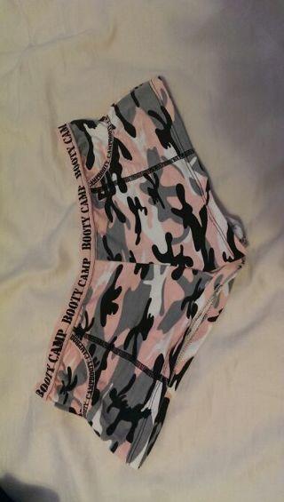 Nwot booty camp boy shorts