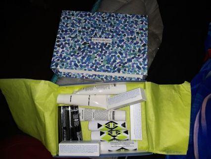BIRCH BOX 12 PCS BEAUTY KIT SET EYES,HAIR,LIPS