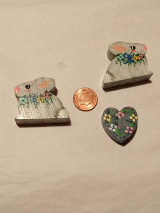 WOODEN EASTER BEADS