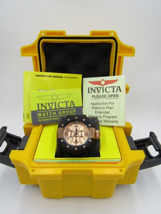 INVICTA WATCH WITH PAPERS HARD CASE NEW