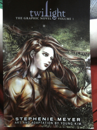 Twilight: The graphic novel, volume 1