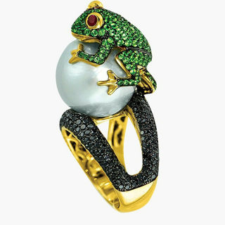 2020 Frog Ring Yellow Gold Plated White Pearl Size 6-10 x1