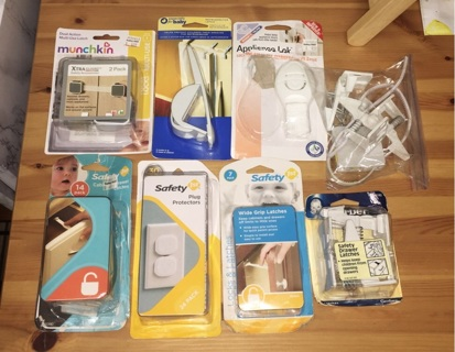 Large Lot of Baby Safety Devices *Free Shipping*