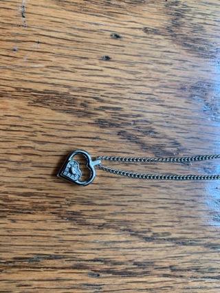 Bulova-beautiful Necklace+ 5 free items