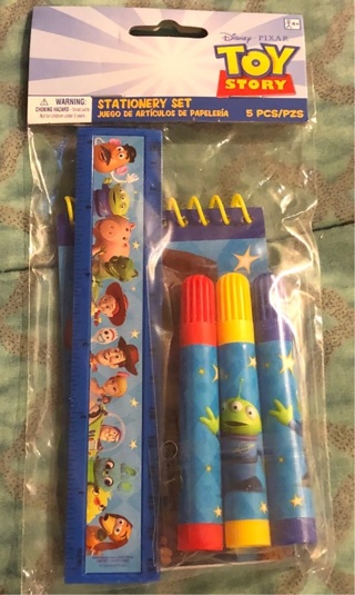 "BNWT 5 Piece ""Disney, PIXAR"" Toy Story 4: Stationery Set! Ruler/Markers/Note pad"