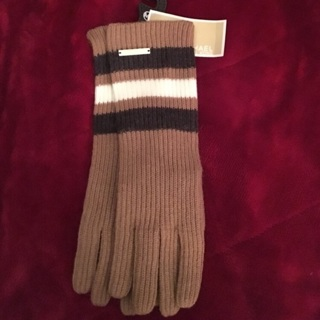 NWT ! Michael Kors Gloves