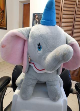"HUGE 22"" VINTAGE DISNEY DUMBO THE FLYING ELEPHANT!  NEEDS A GOOD HOME! PLUSH! ADORABLE!"
