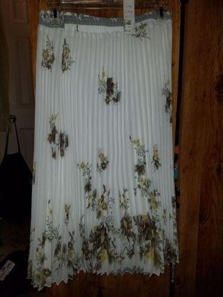 Ruffled Skirt BNWT!