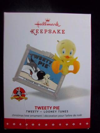 "NEW - $14.95 Retail ~ Hallmark Keepsake ""TWEETY PIE"" Tweety from Looney Tunes FREE SHIP"