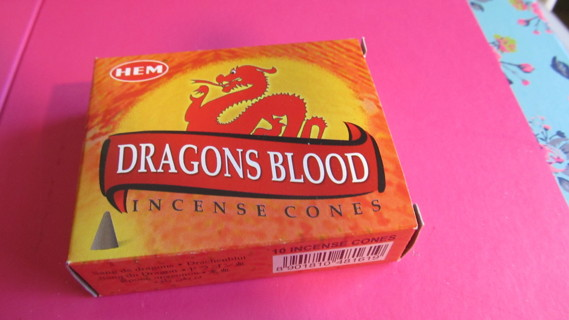 DRAGONS BLOOD CONE INCENSE