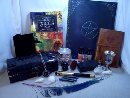*~* Wicca Lot  & Herbs *~*