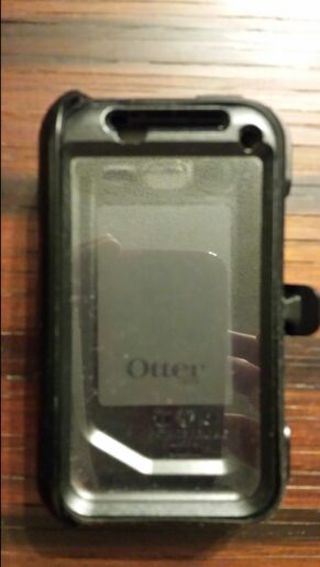 Used Otter iPhone 4 case