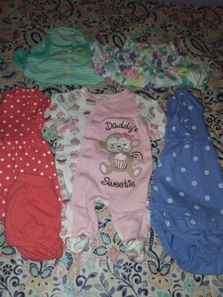 Baby girl cothes 0-6 mo