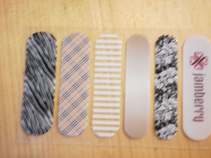 JAMBERRY accent nail pack