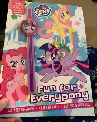 Brand New Gift Quality My Little Pony Fun for Everypony Toy Book + Special Twilight Sparkle Straw!