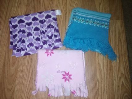 Gently Used Girls' Scarf (Winner's Choice)