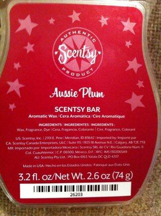 """NIP Authentic Scentsy """"Aussie Plum"""" Bar!"""