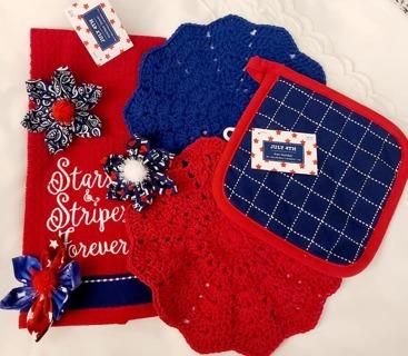 Crochet 2 - 9 inch handmade Dish cloths 1 DISH towel &1 POT HOLDER 3 FLOWER MAGNETS