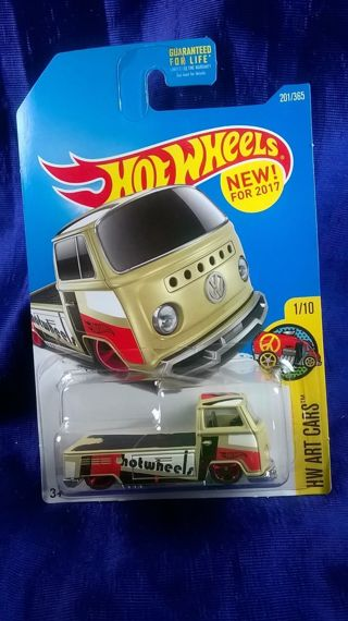 Hot Wheels 1:64 Volkswagen T2 Pickup Metal Diecast Cars Collection Kids Toys Vehicle